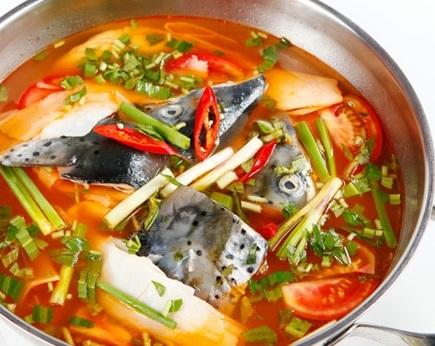 Cách nấu nước lẩu cá tầm