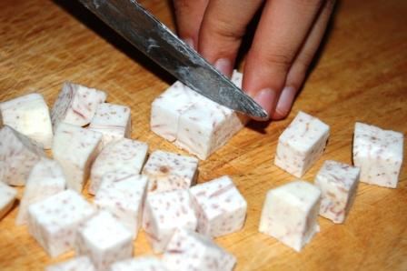 Cách nấu chè khoai môn đậu xanh