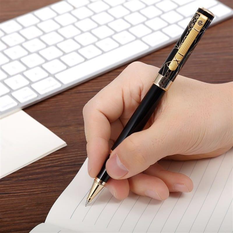Bài văn thuyết minh về cây bút bi số 3