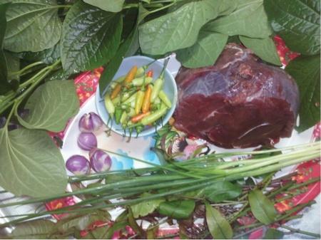 nguyên liệu thịt trâu xào lá lốt