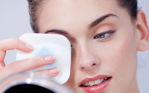 Tẩy trang giúp bạn chăm sóc da mặt hiệu quả nhất