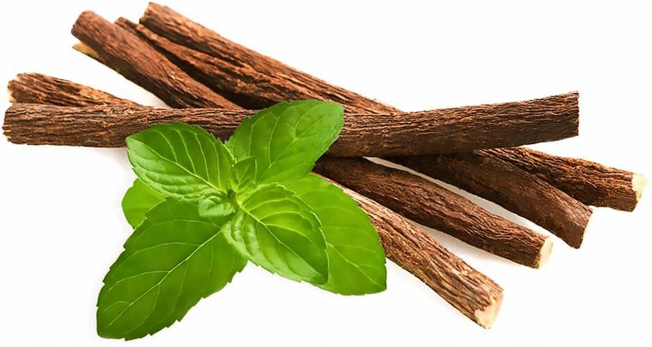 Rễ cam thảo và bạc hà dùng để xông hơi da mặt rất tốt