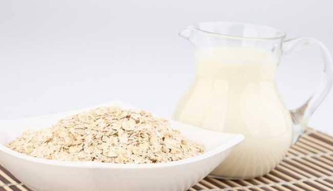 Cách chăm sóc da mặt trắng mịn bằng sữa tươi