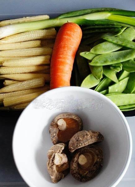 Cách làm món rau củ xào chay đơn giản, thanh đạm