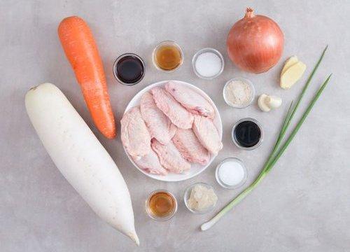 Nguyên liệu làm món canh củ cải ngọt chả gà