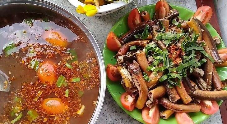 Nguyên liệu nấu lẩu lươn bung