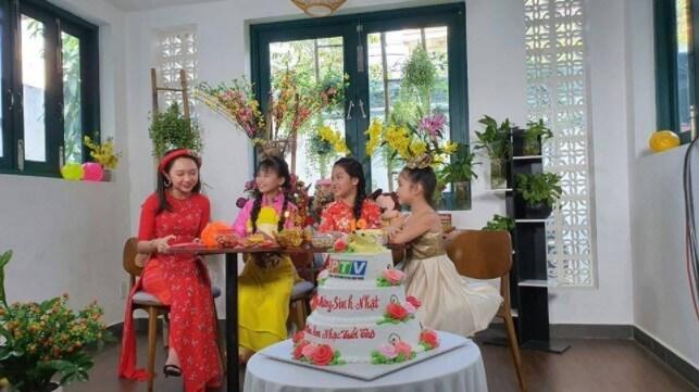 Chương trình truyền hình nổi tiếng cũng đặt bánh tại bánh kem Hương vị Việt